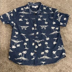 Men's Old Navy, Palm Tree, Short Sleeve Button Up